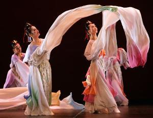 民族舞基本功有哪些?