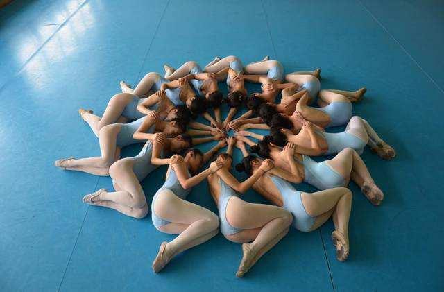 男生艺考舞蹈_最新公布舞蹈艺考可以报考那些大学?